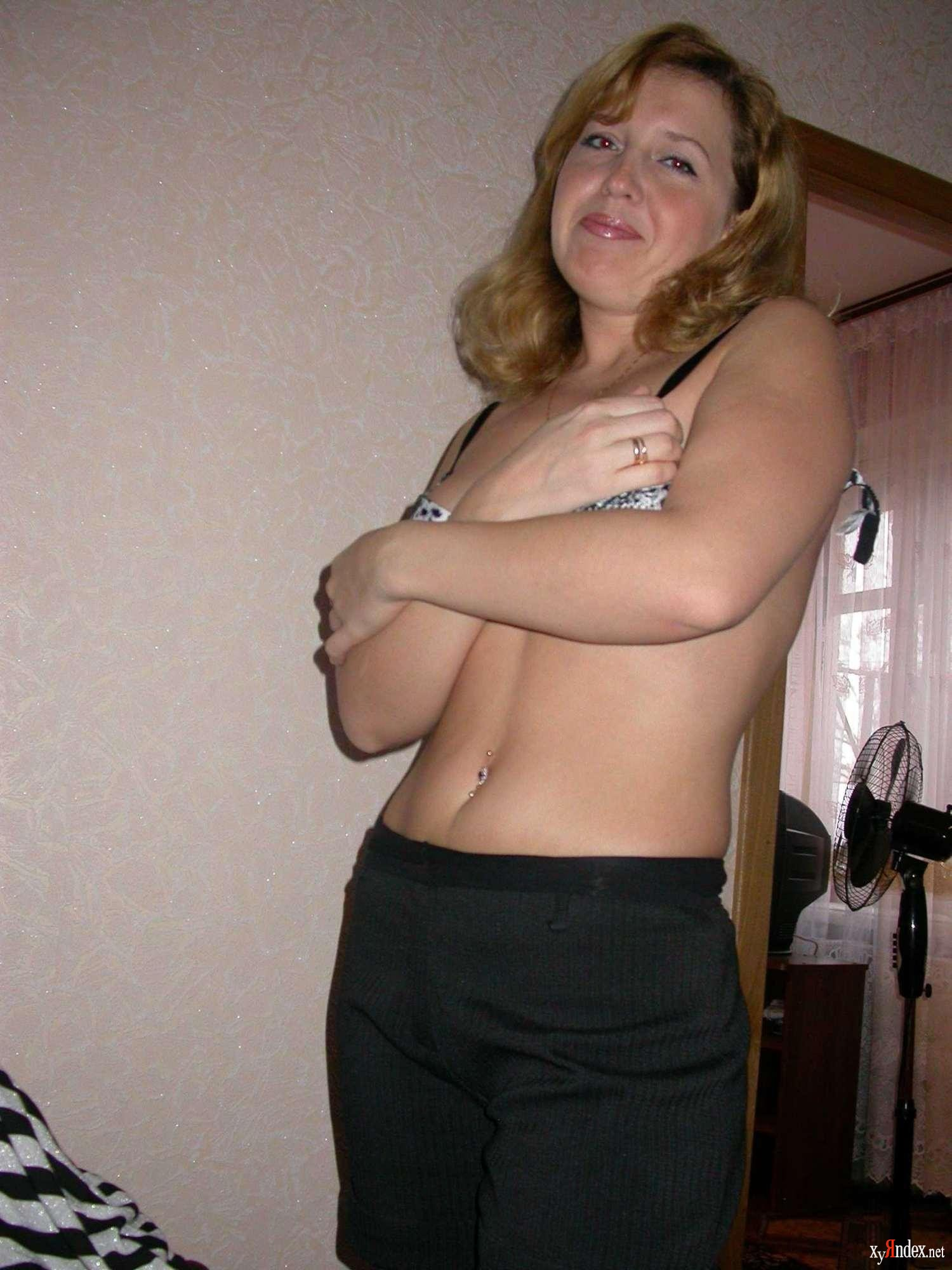Фигуристая голая мамочка 22 фотография