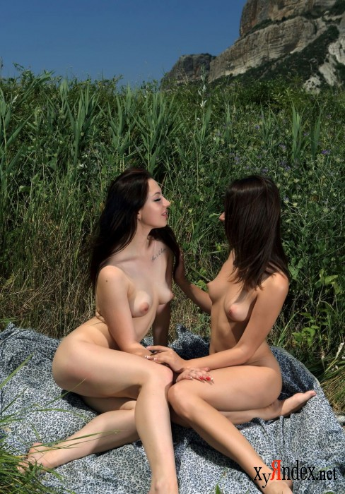 "Arina F and Natie R ""Just Girls"" (72 фото)"