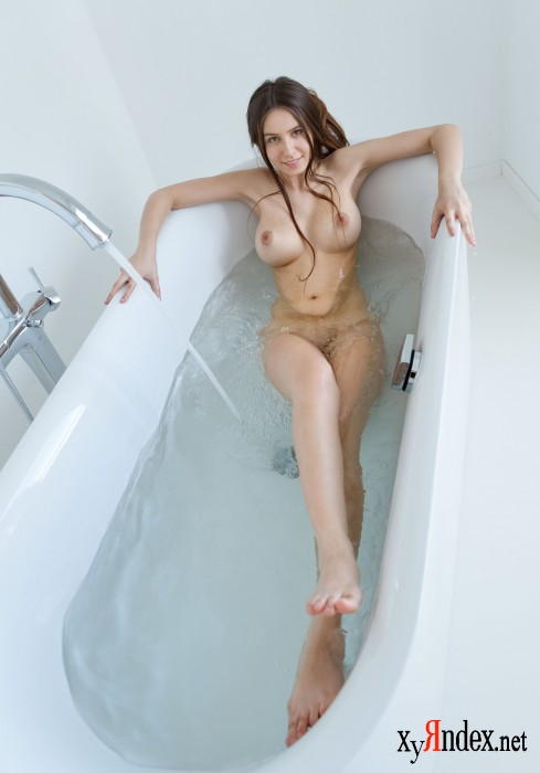 "Alisa I ""Let's Take A Bath"" (38 фото)"