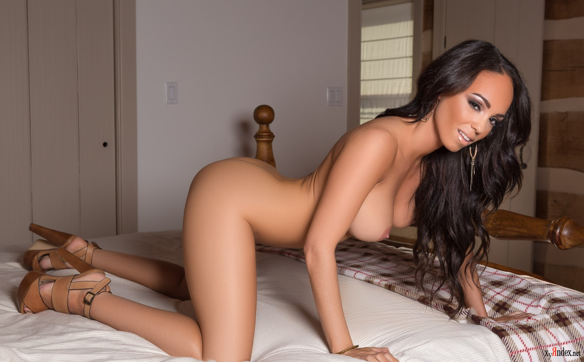 angela-marie-nude-porno-anal-black-gif-interracial