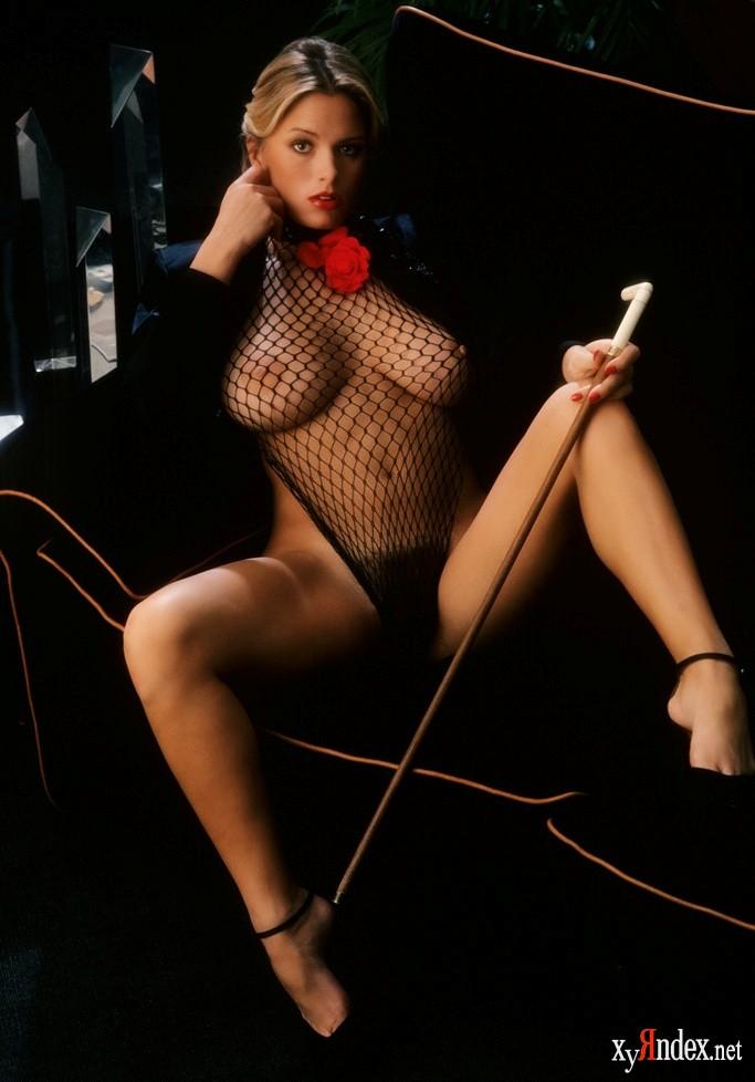 eroticheskie-foto-devushek-mesyatsa
