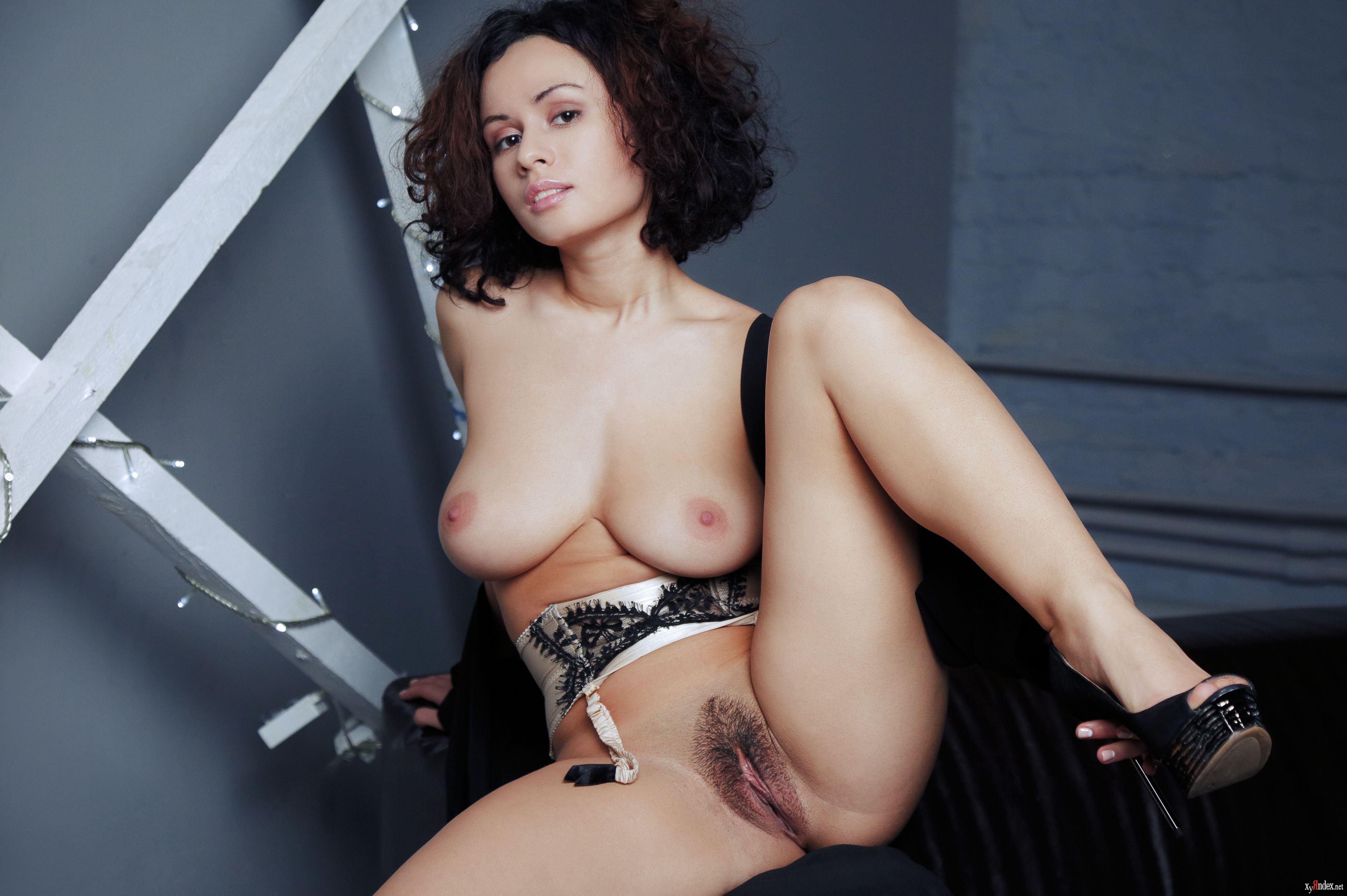 Pammie Lee Total Bliss Sexy Latex Wallpaper Istripper Virtual Striptease On The Desktop Pornstar Girls