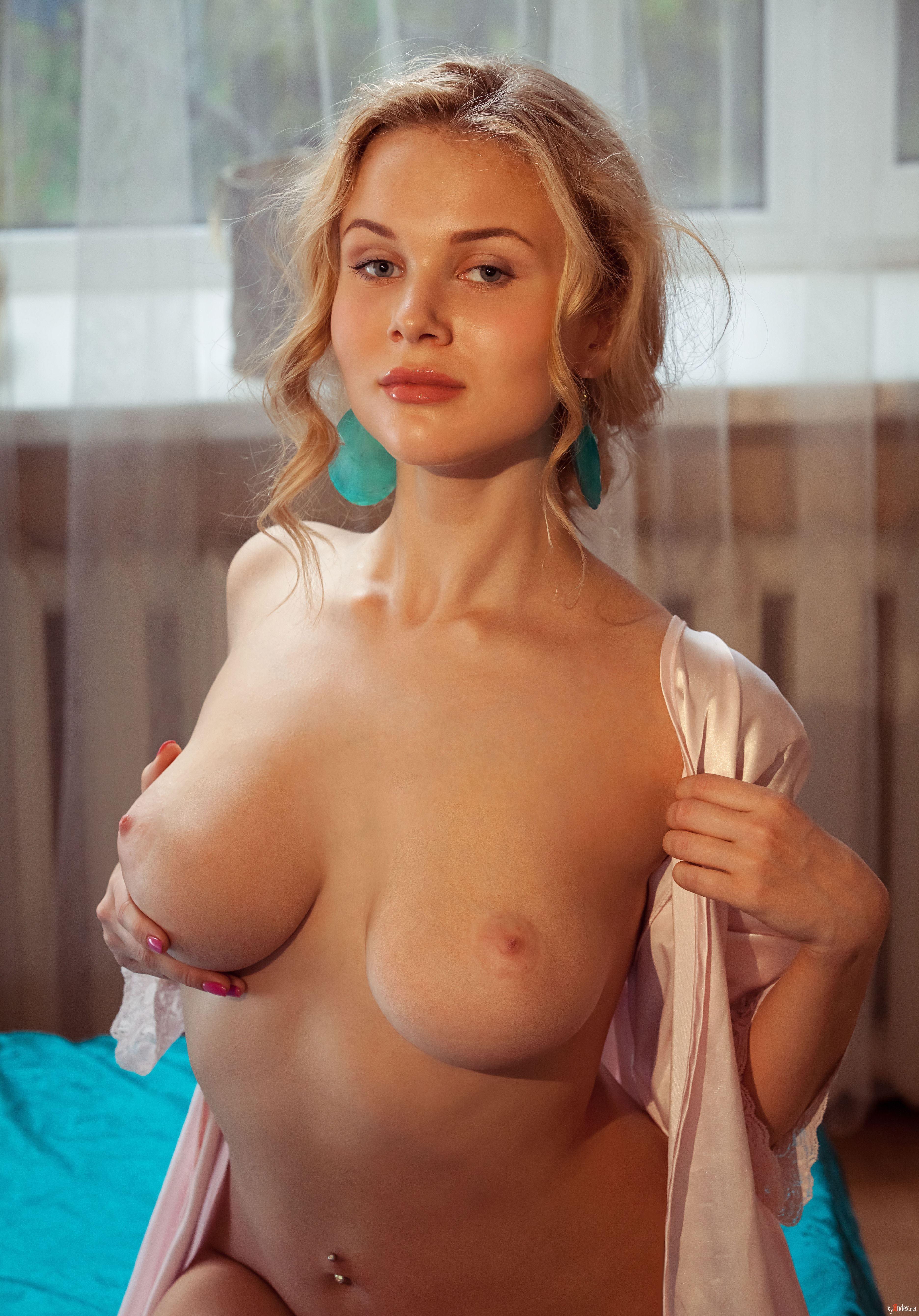Vintage carolyn evans nude