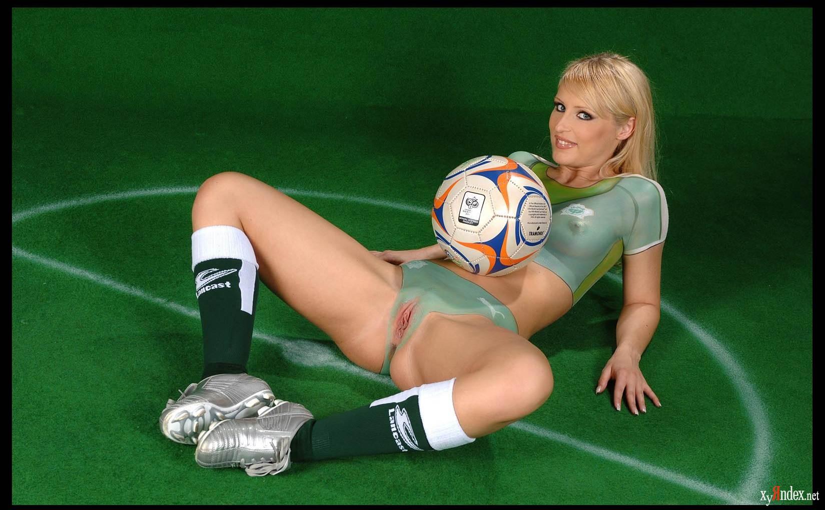 futbol-ero-seks-smotret-porno-foto-domrabotnits