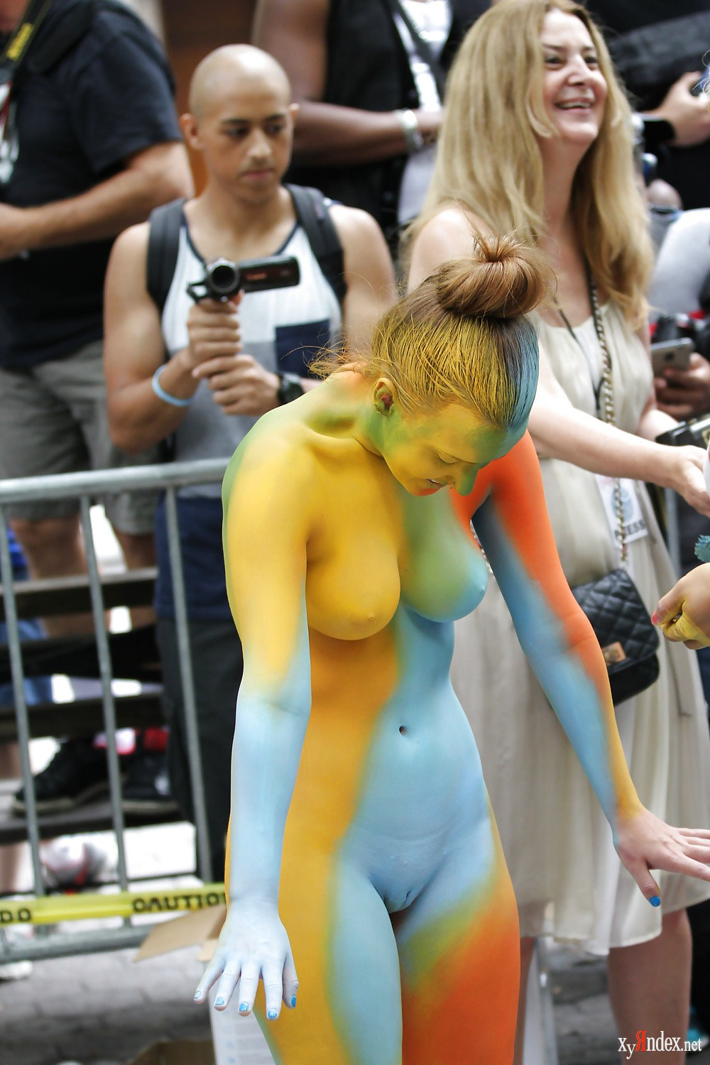 Free naked body painting porn pics