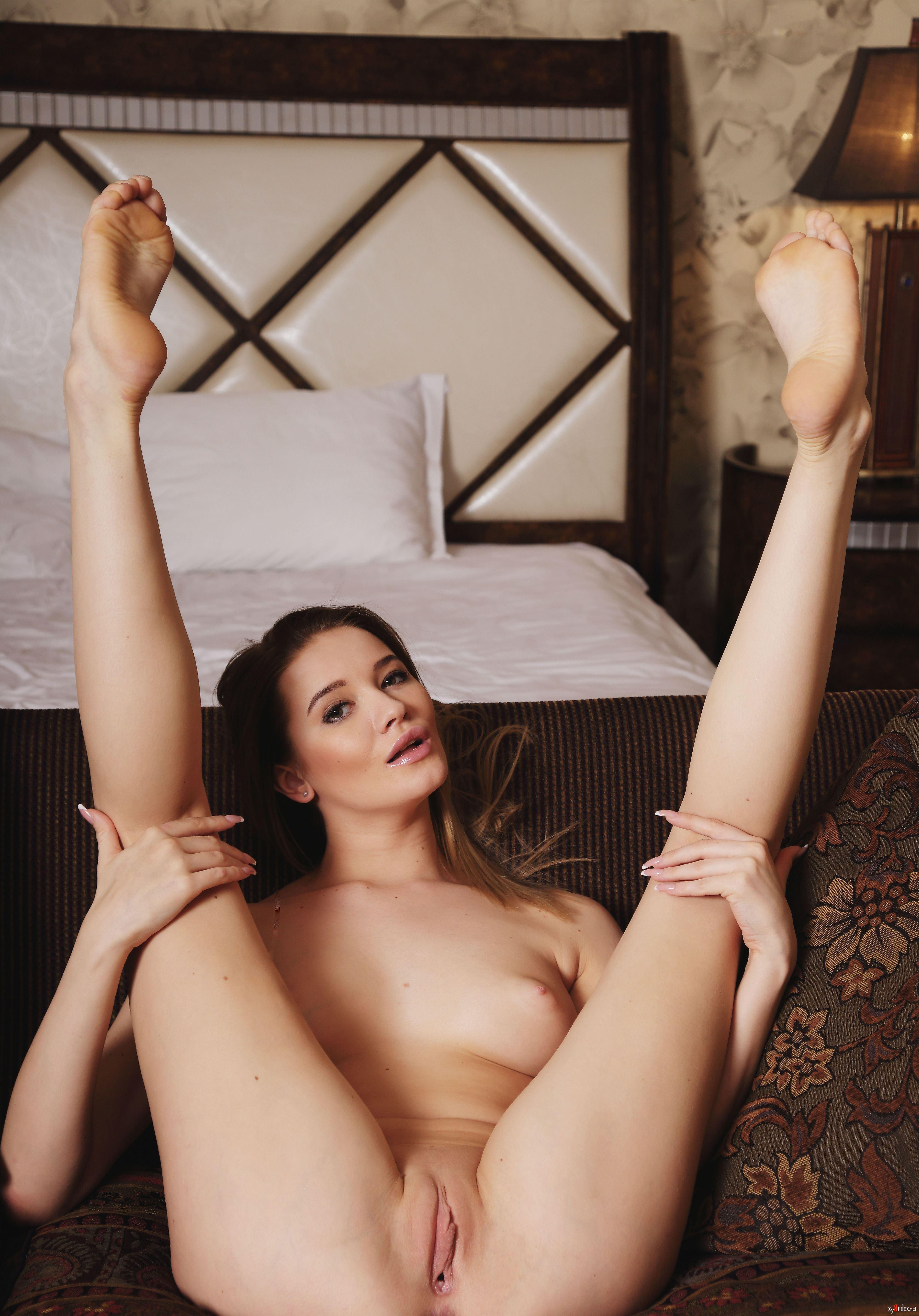 miranda-burrows-nude