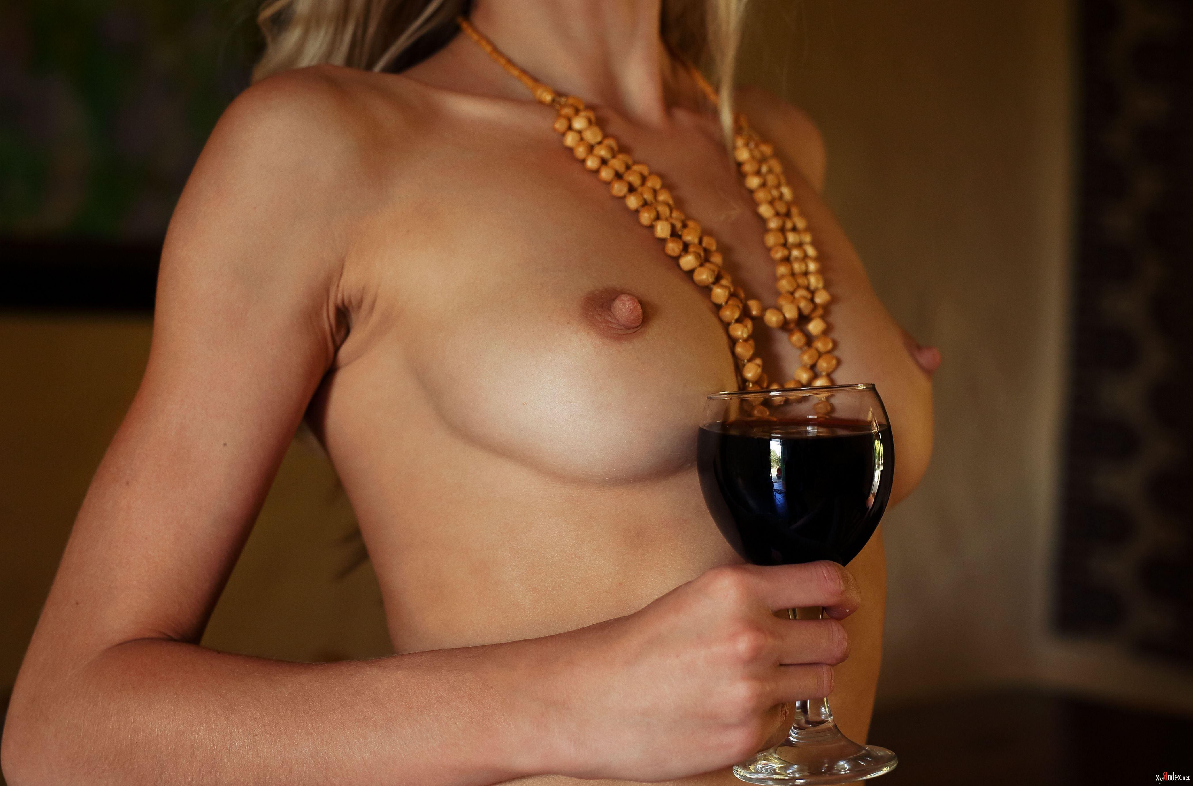 wine-nudes