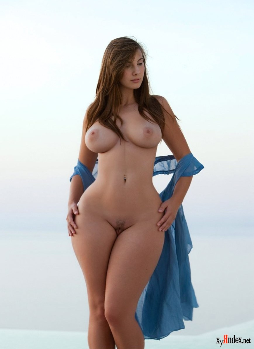 Sexy nude lingerie models with wide hips
