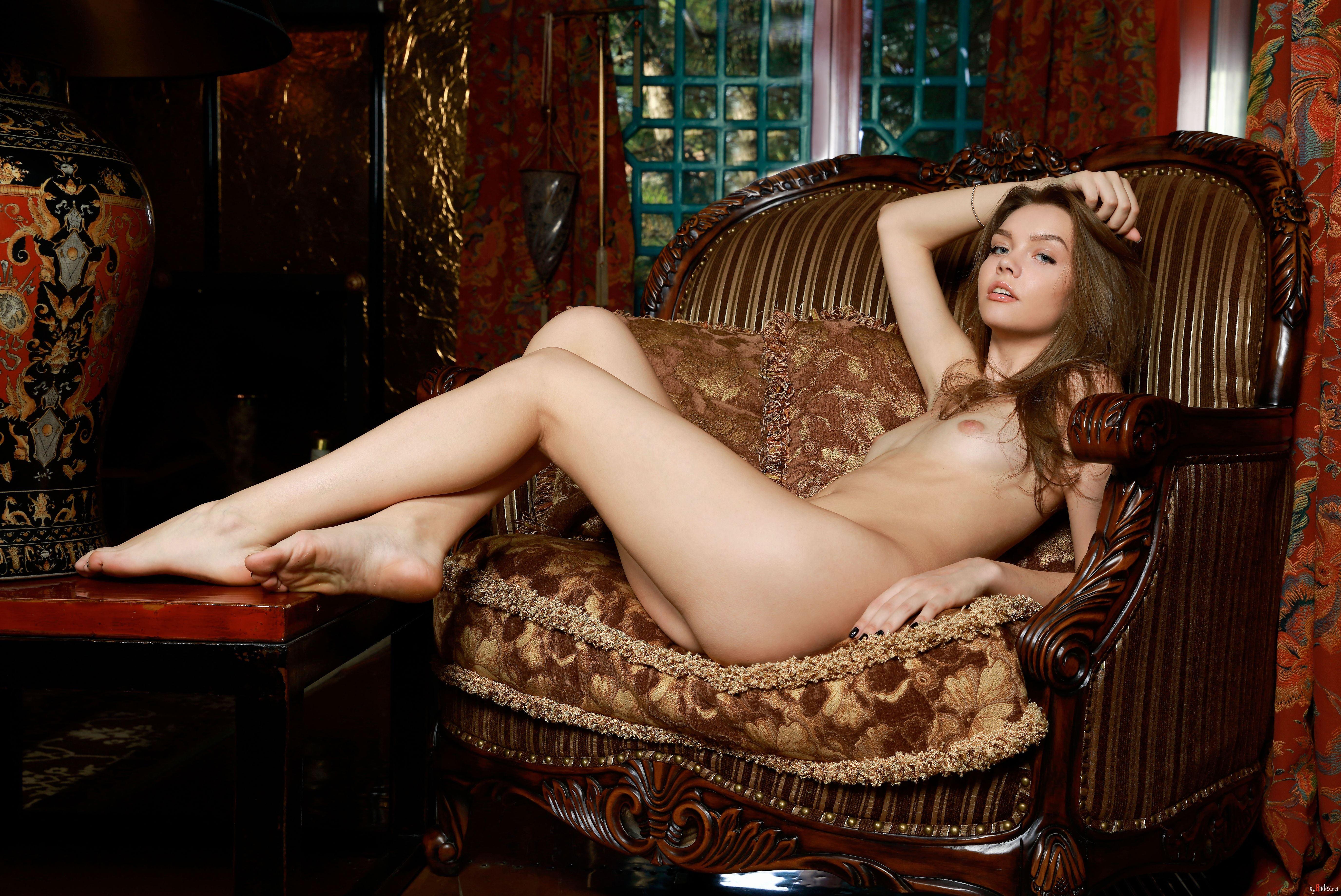 Naughty Milf Tamara Lee Gets Nailed In Her Wet Cunt
