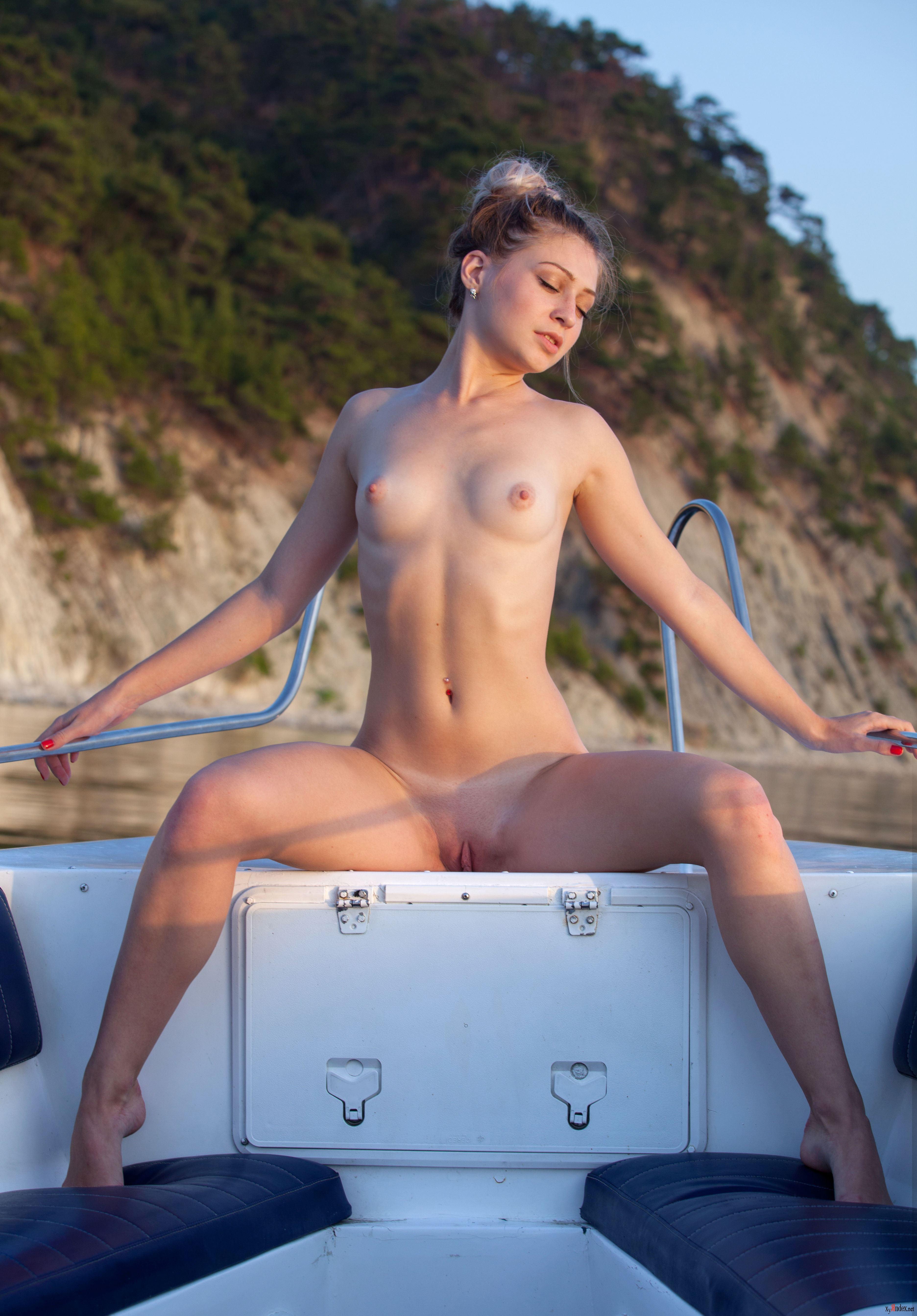 Shelby welinder nude