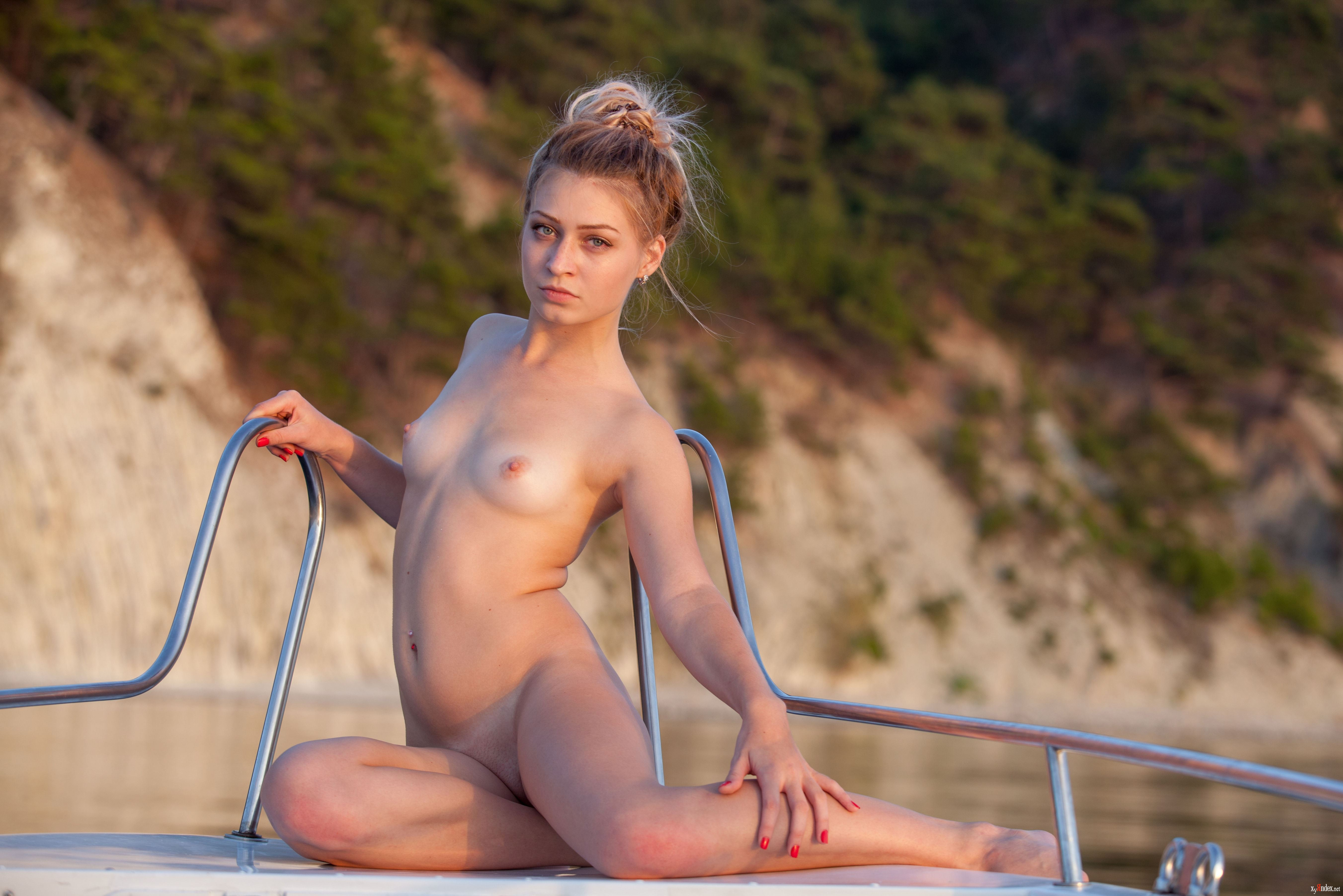 Shelby taylor nude centerfold search