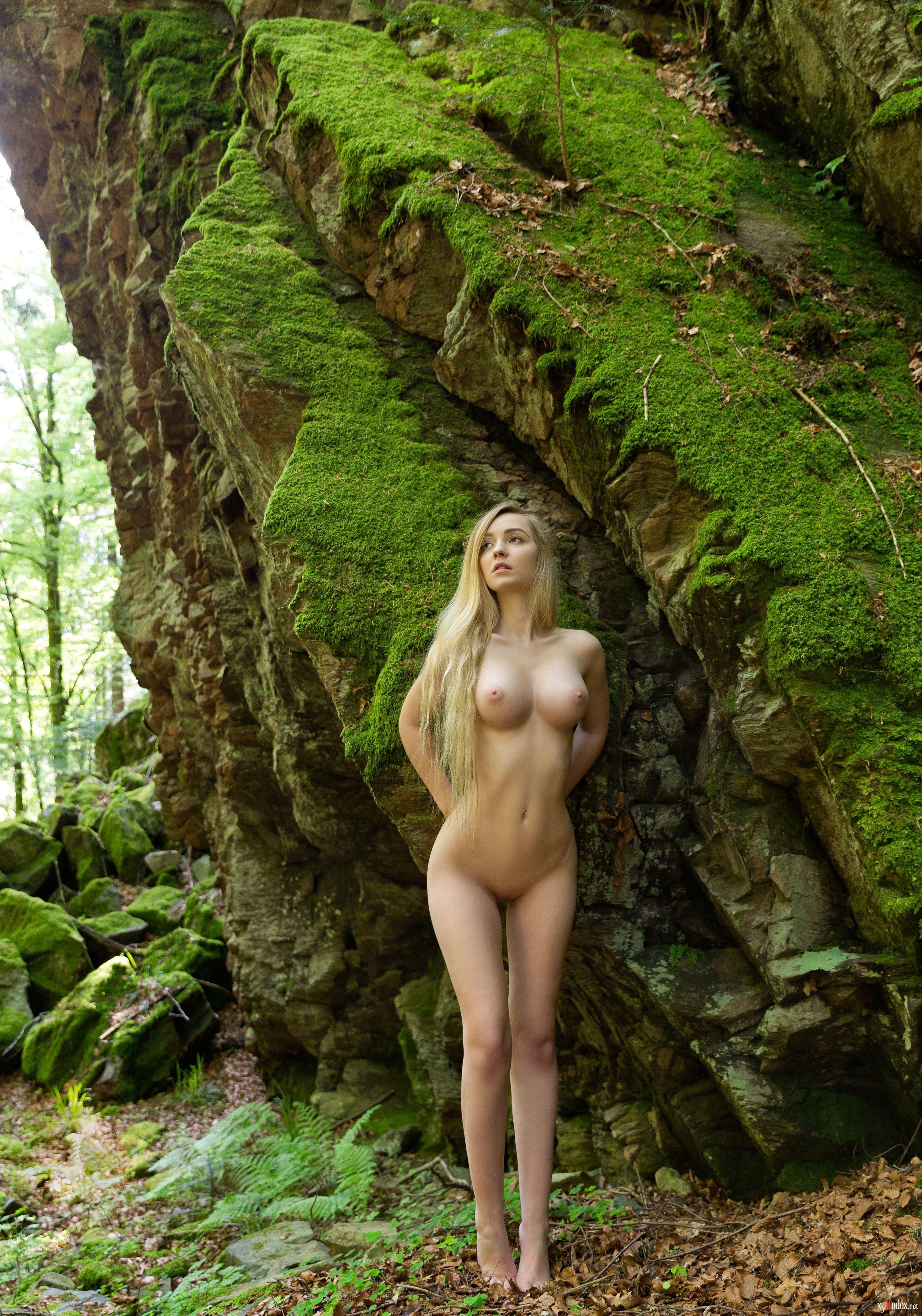 эроролик в лесу - 12