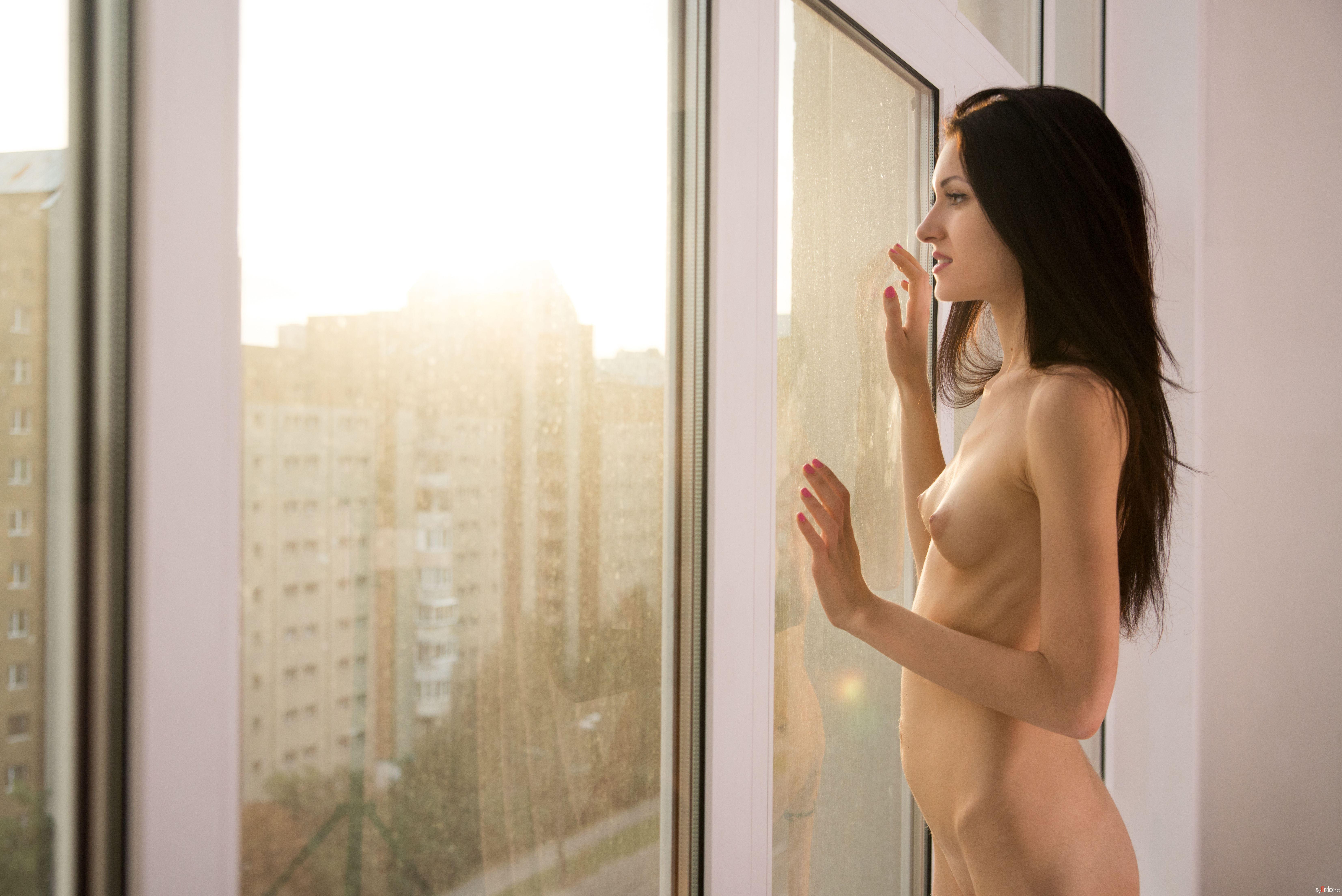 window-naked-gf-sis-naked