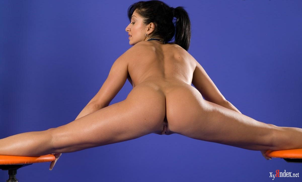 porno-golie-gimnastki-v-sportivnih-pozah-ru-seks-porno-porno