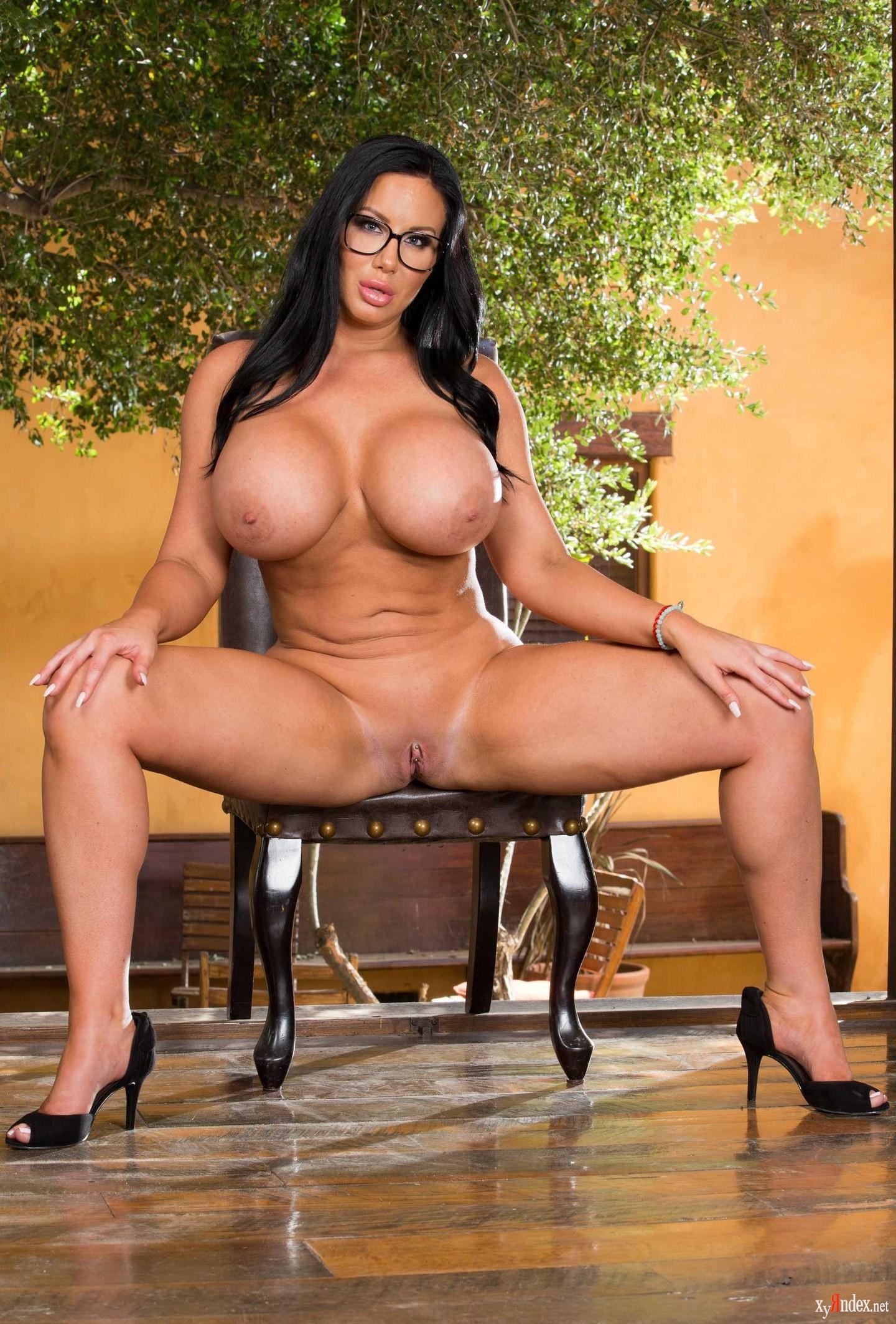 Sybil Stallone Porn Pics