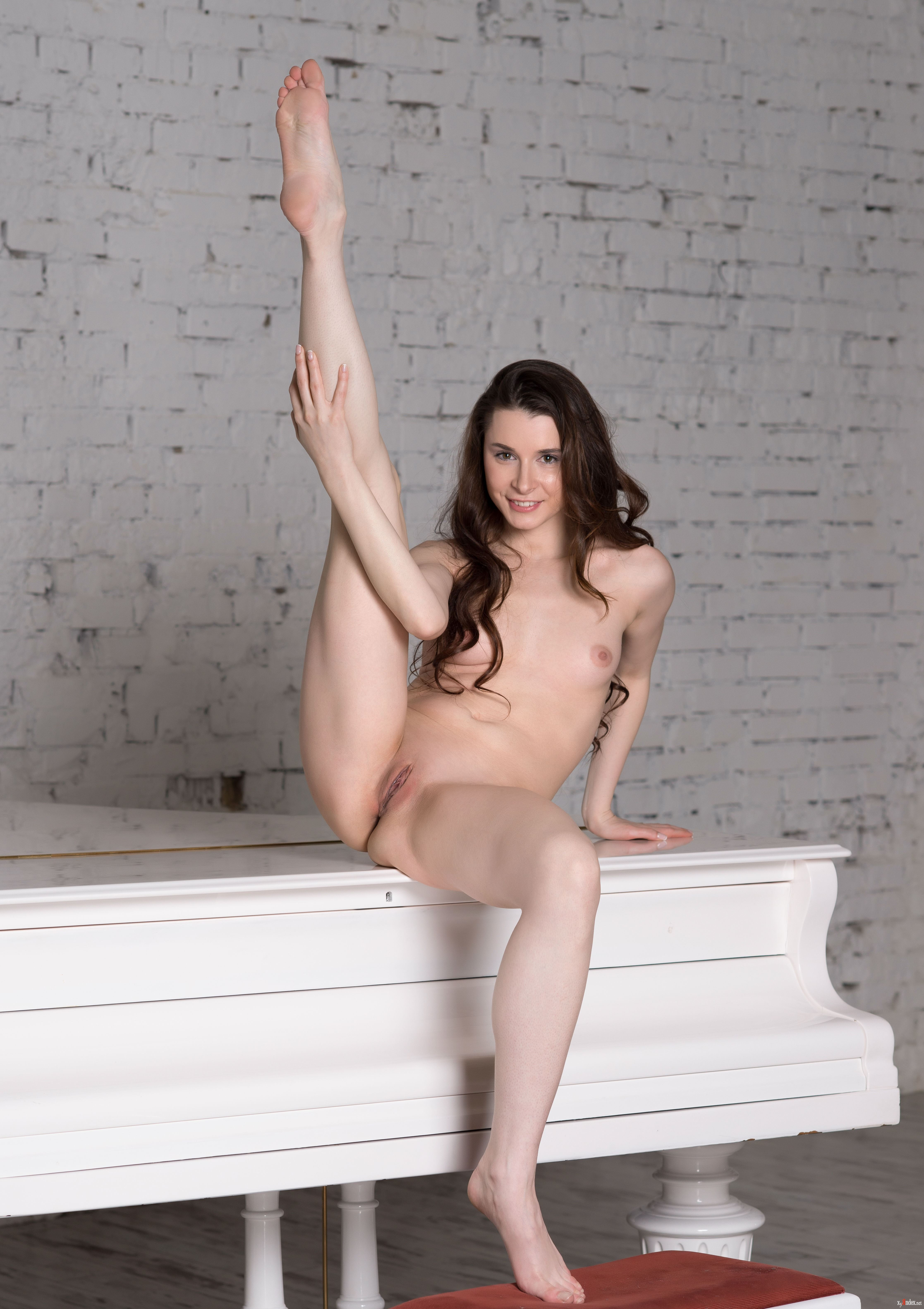 Free Angel Spice Nude Galleries Pics