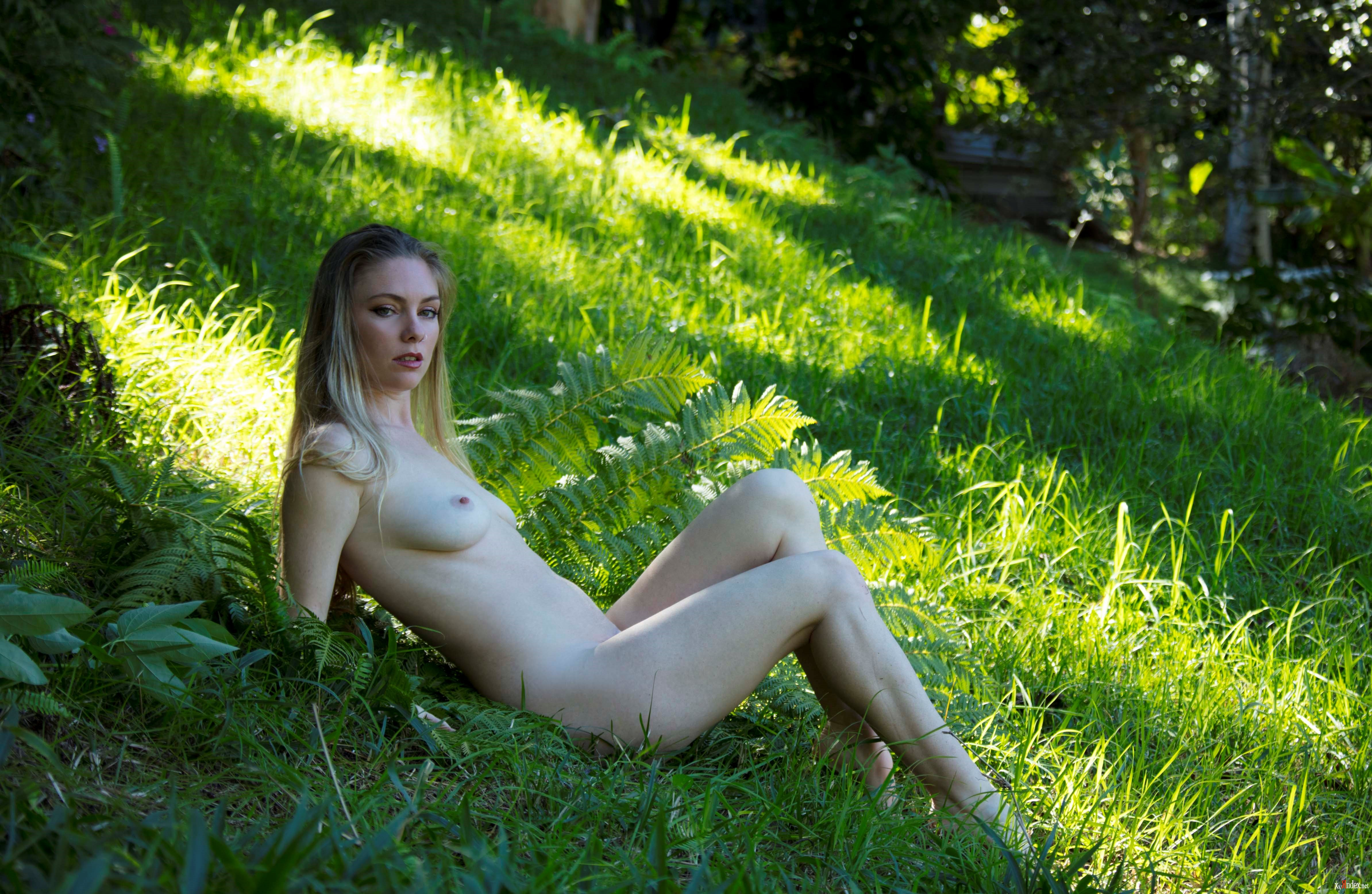 Fake nude pics of fearne cotton porn images