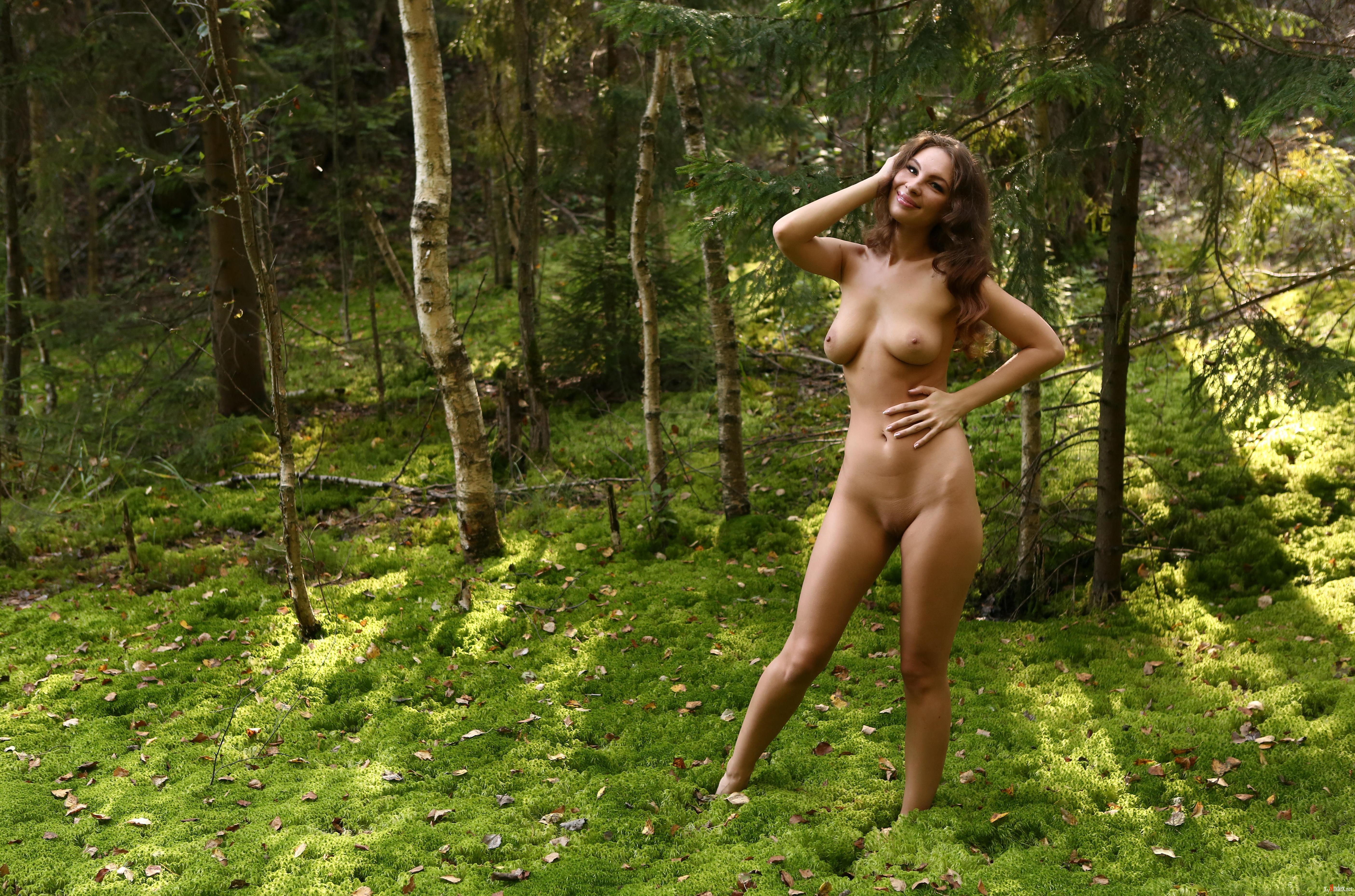 время ходила голышом по лесу видео свете всего вышесказанного