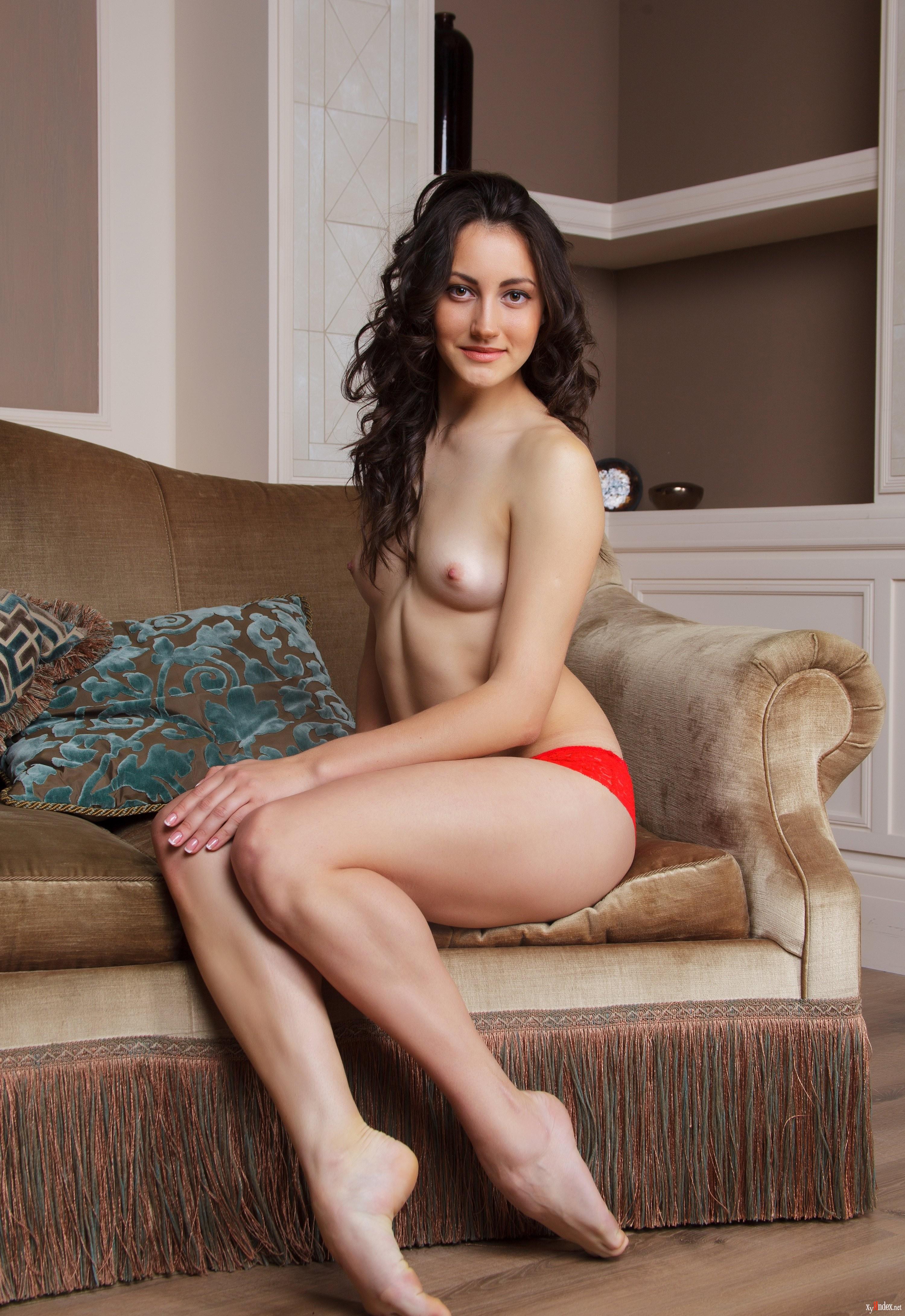 Gladys nudes #8