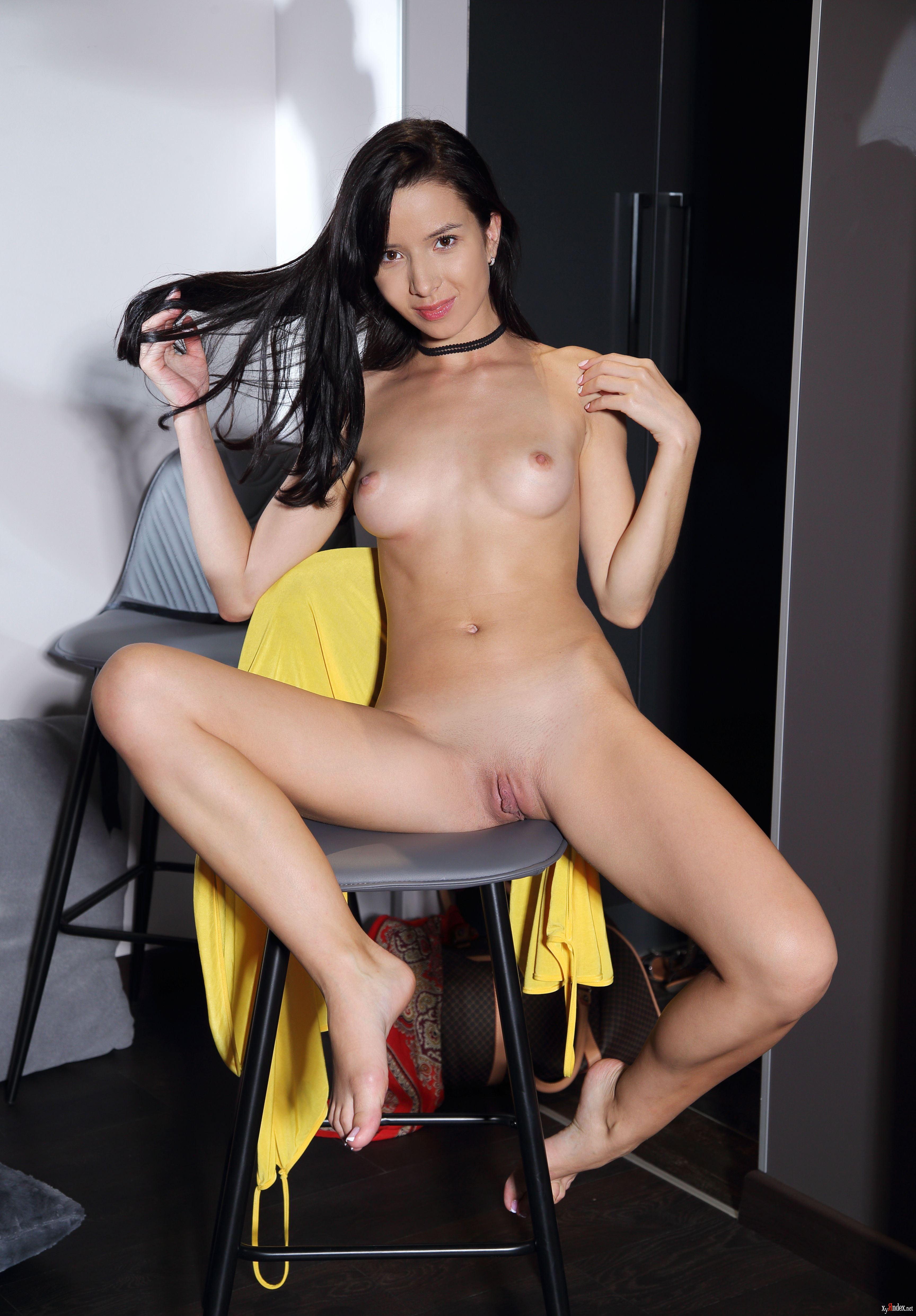 Aurelia Perez Erotic Scenes