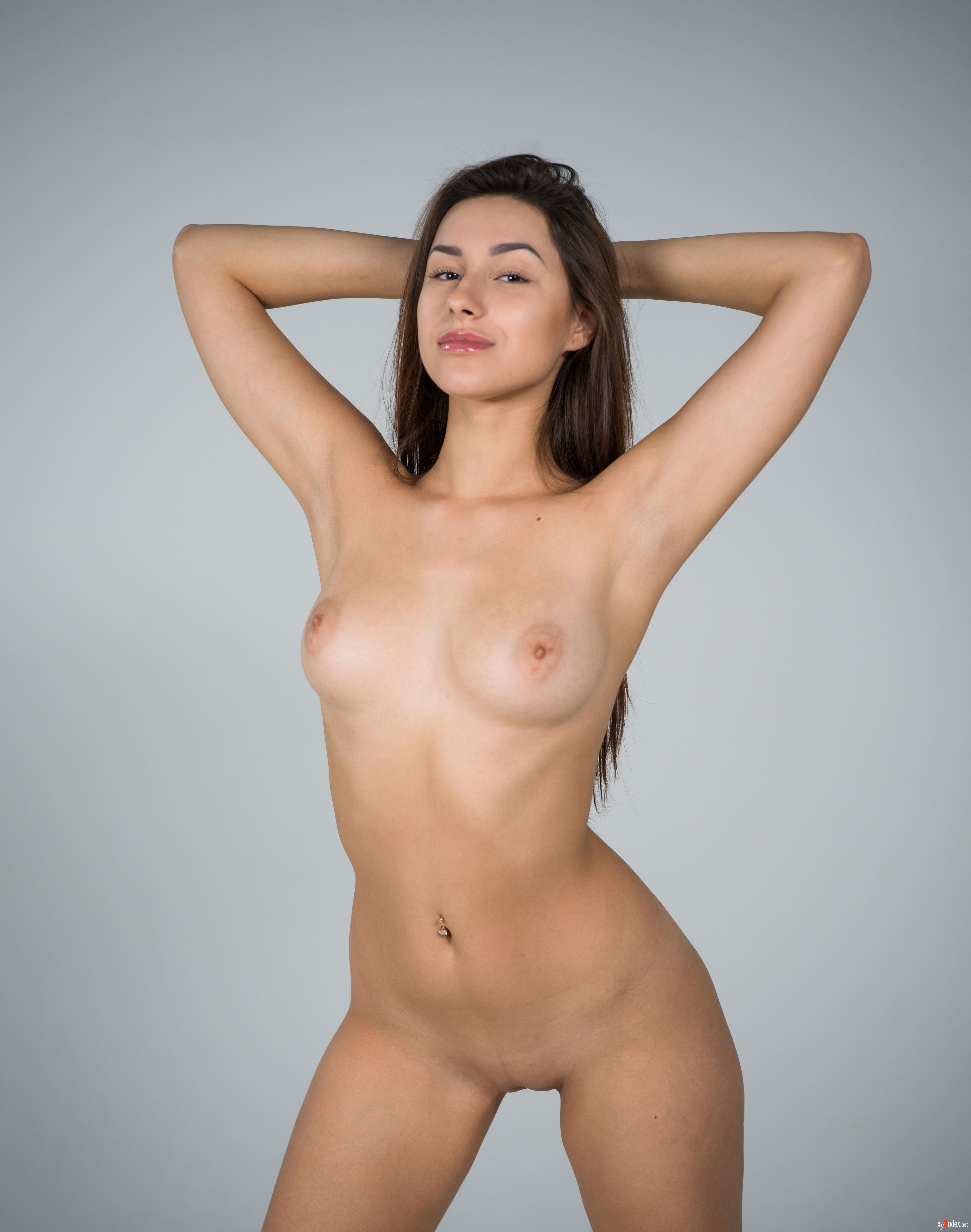 Angelina jolie nude pictures hottest sex scenes