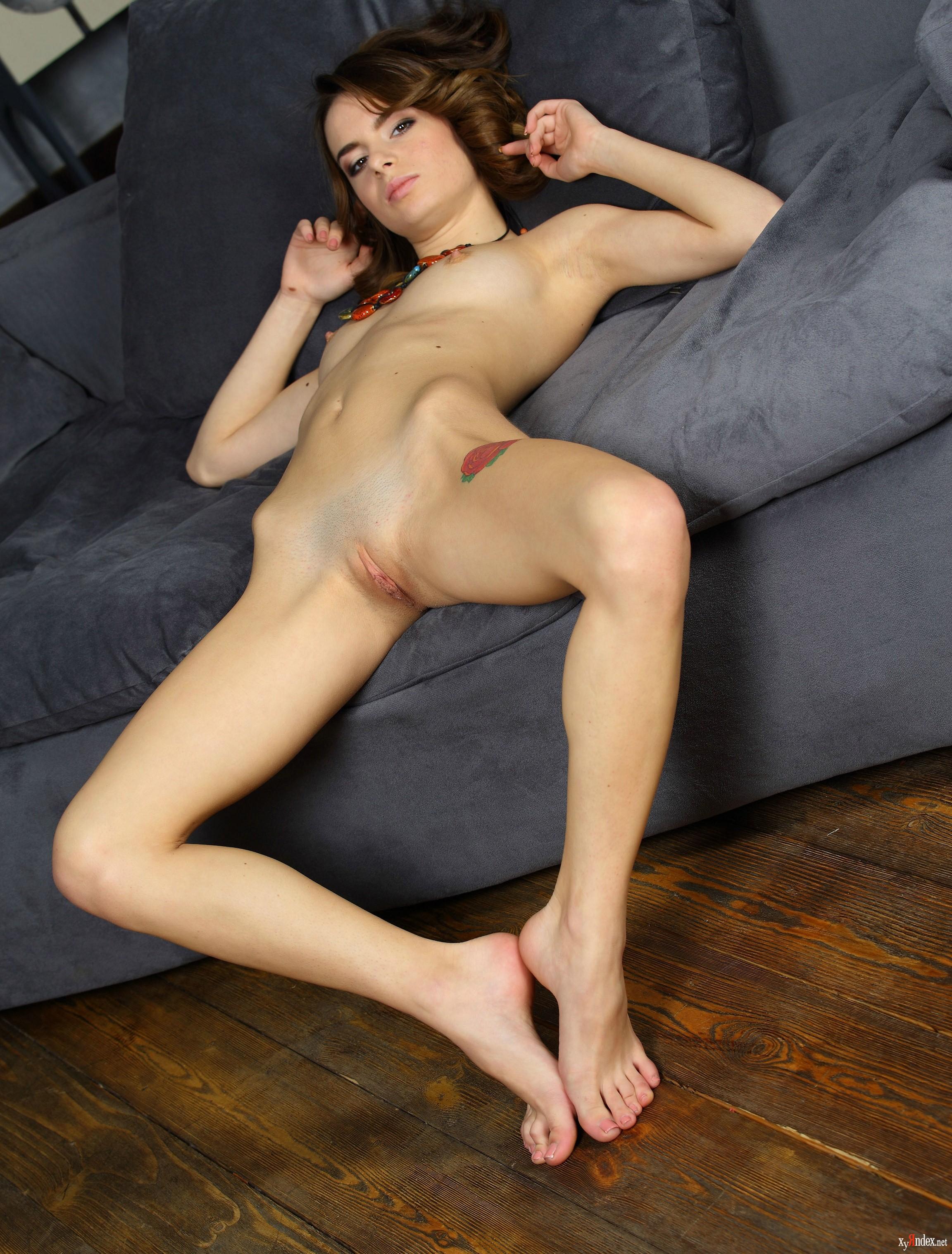 Amy Hood Model Nude