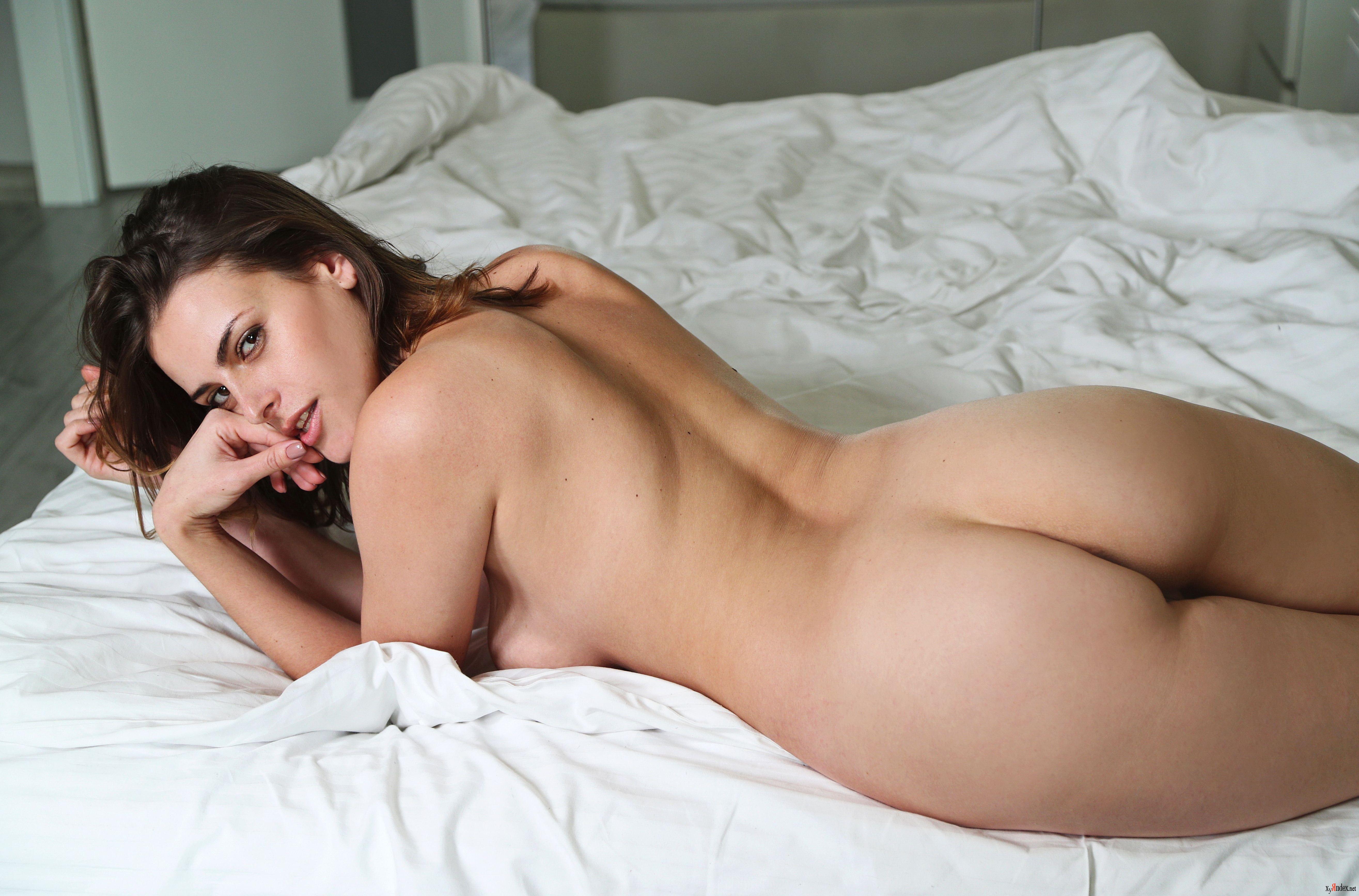 Metart evangelina wish chickies nude model busty buffy upskirt big boob shemale