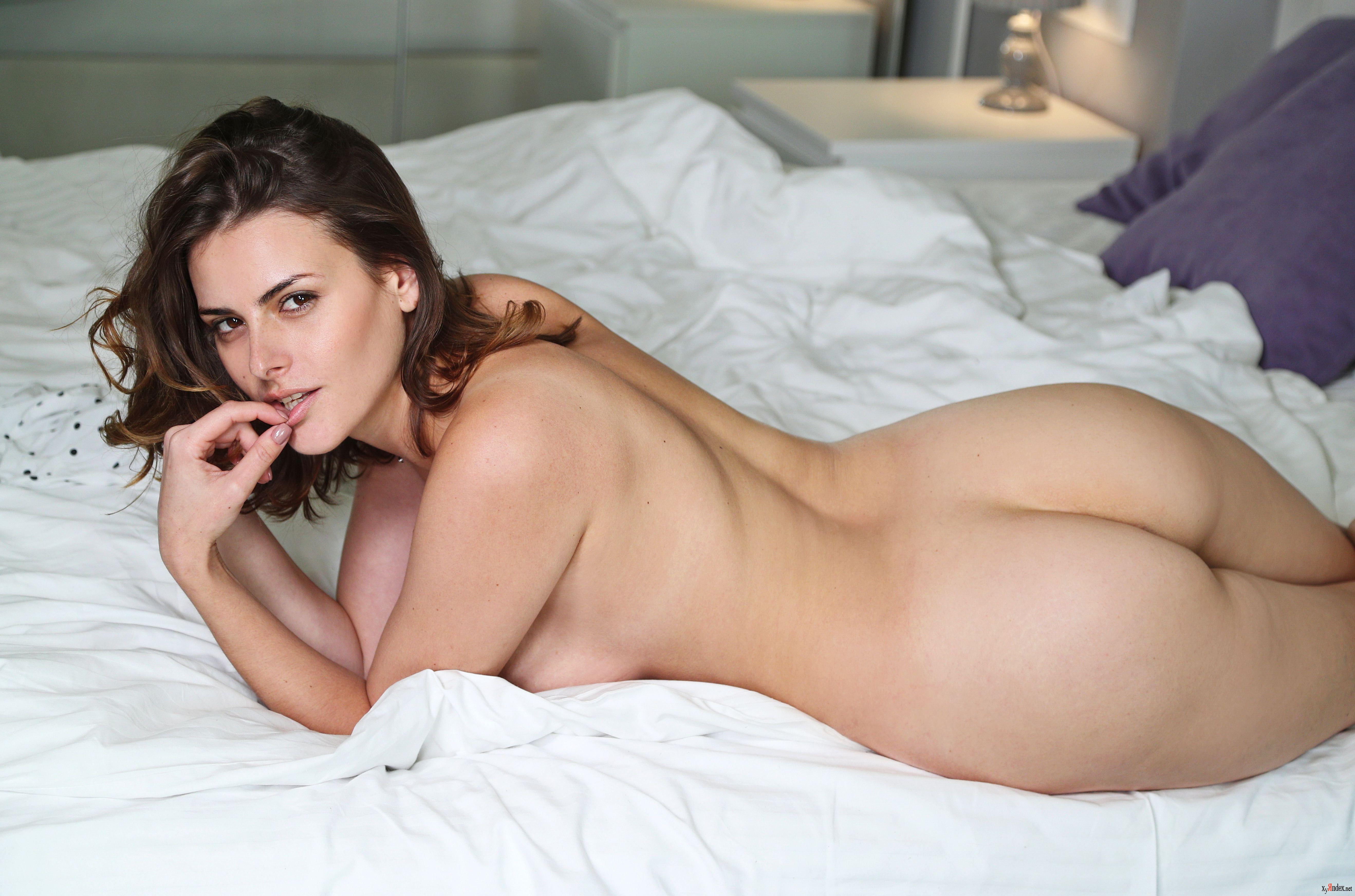Pornstar pornpics XXX gallery metart evangelina wish sully solo girls review