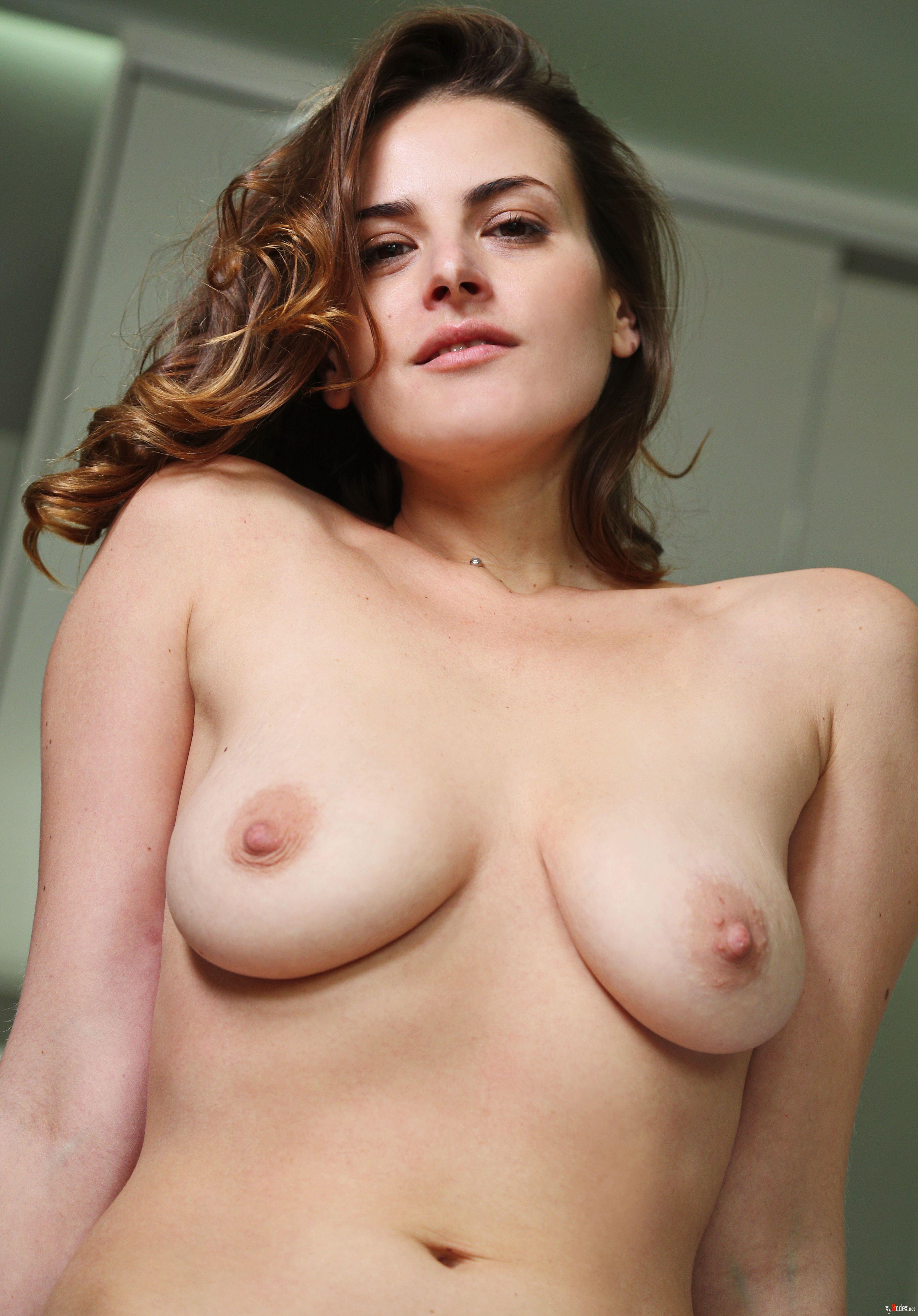 Evangelina wish nude and curvy